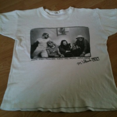 File:1994 - Mitch Ikedea Photo Shirt.jpg